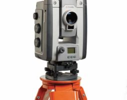 Trimble S9 Total Station Studio Front 68390